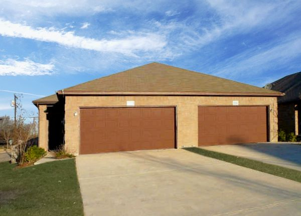 Burleson Home, TX Real Estate Listing