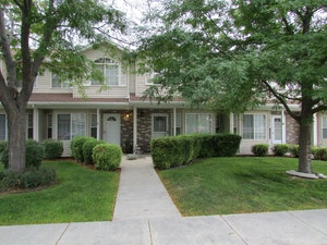West Valley Home, UT Real Estate Listing