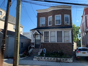 College Point Home, NY Real Estate Listing