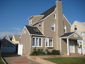 Hempstead Home, NY Real Estate Listing
