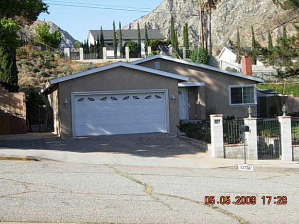 Sylmar Home, CA Real Estate Listing