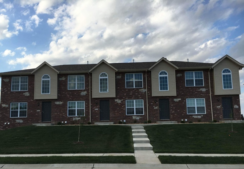 New townhomes in troy il waterford tramore troy il for Master down townhomes