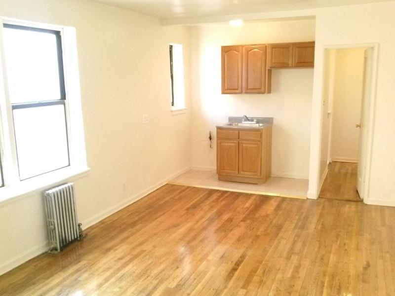 Studio In Flatbush Gardens 3501 Foster Avenue Brooklyn Ny