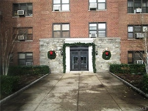Mt Vernon Home, NY Real Estate Listing