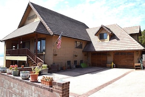 Weed Home, CA Real Estate Listing