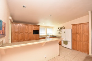 Yreka Home, CA Real Estate Listing
