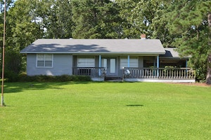 Taylor Home, AR Real Estate Listing