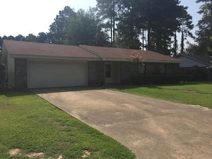 Magnolia Home, AR Real Estate Listing
