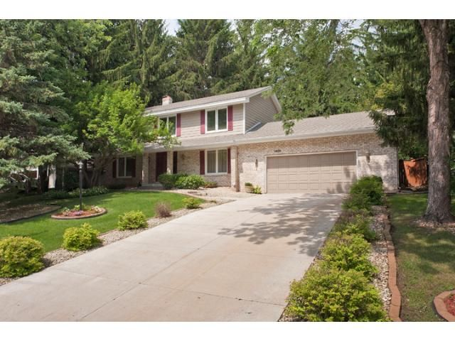 Woodbury  Home, MN Real Estate Listing