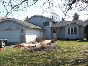 Wyoming Home, MN Real Estate Listing