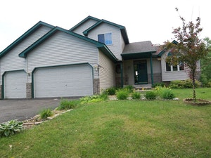 Centerville Home, MN Real Estate Listing