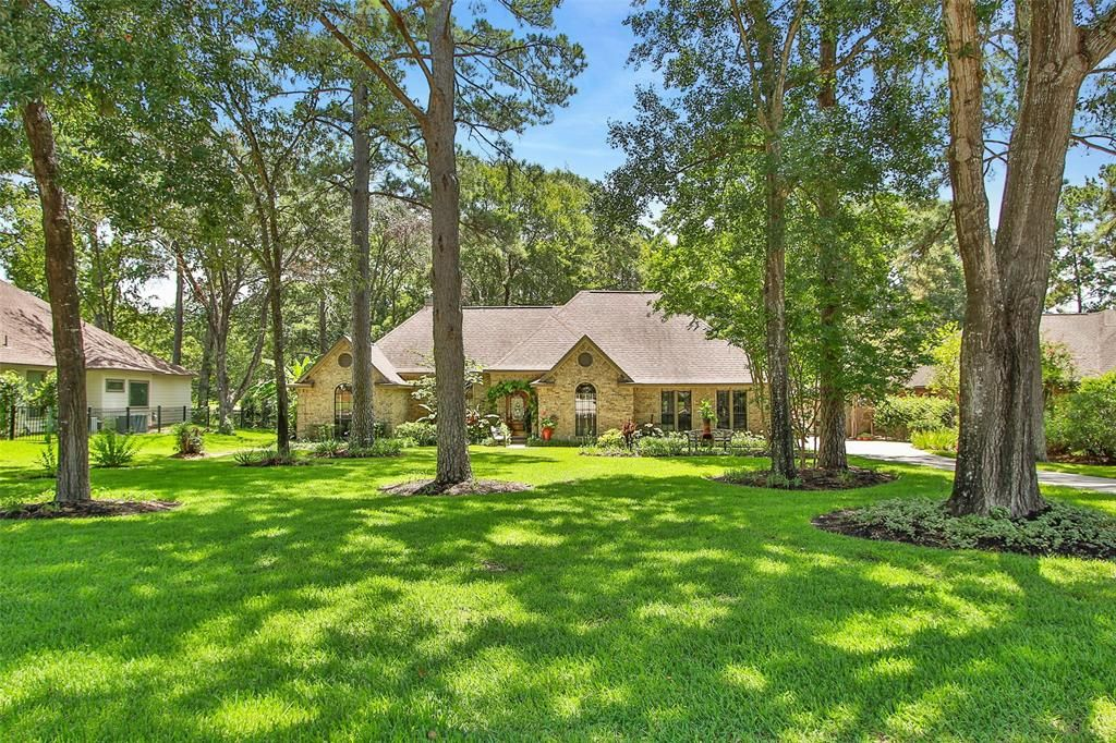 Willis Home, TX Real Estate Listing