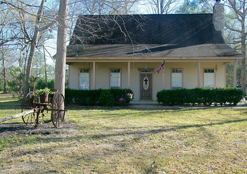 Cleveland Home, TX Real Estate Listing