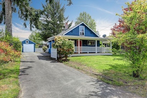Burien Home, WA Real Estate Listing
