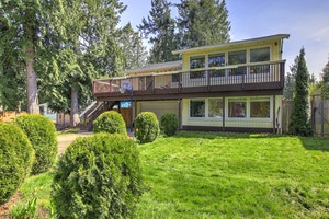Lake Tapps  Home, WA Real Estate Listing