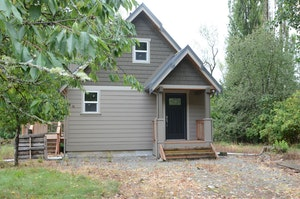 Auburn Home, WA Real Estate Listing