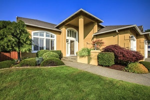 Bonney Lake Home, WA Real Estate Listing