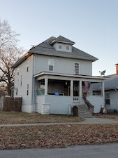 Centralia Home, IL Real Estate Listing