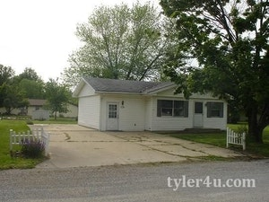 Olney Home, IL Real Estate Listing