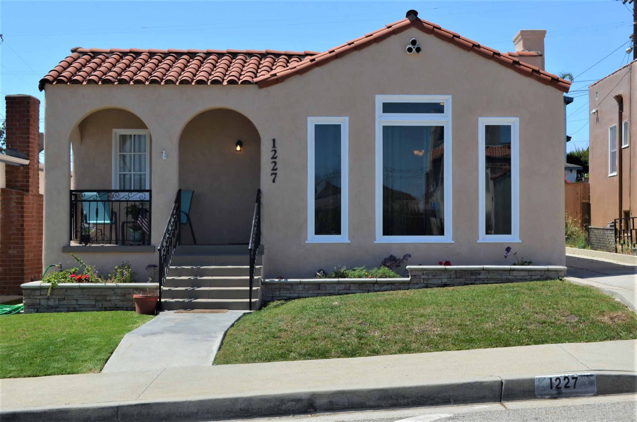 San Pedro Home, CA Real Estate Listing