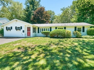 Framingham Home, MA Real Estate Listing
