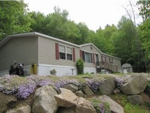 Allenstown Home, NH Real Estate Listing