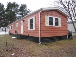 Litchfield Home, NH Real Estate Listing