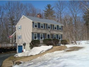 Hooksett Home, NH Real Estate Listing