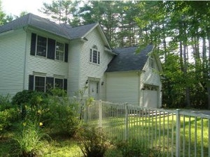 Bedford Home, NH Real Estate Listing