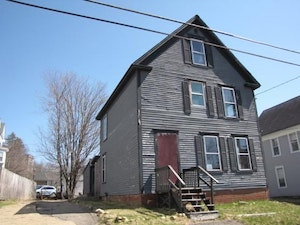 Northfield Home, NH Real Estate Listing