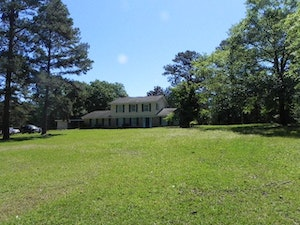 Grove Hill Home, AL Real Estate Listing