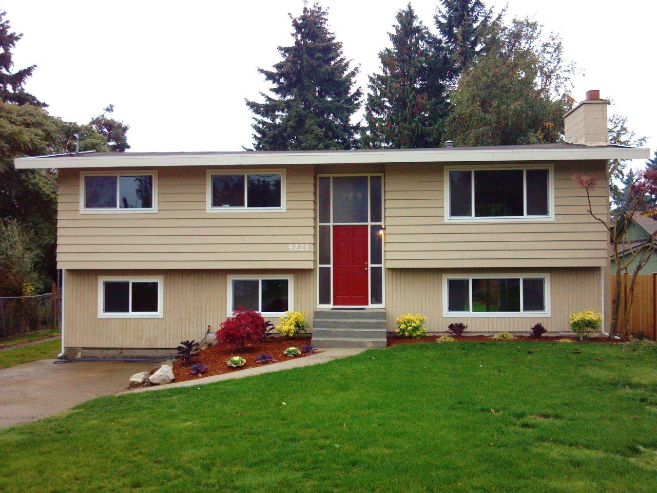 SeaTac  Home, WA Real Estate Listing