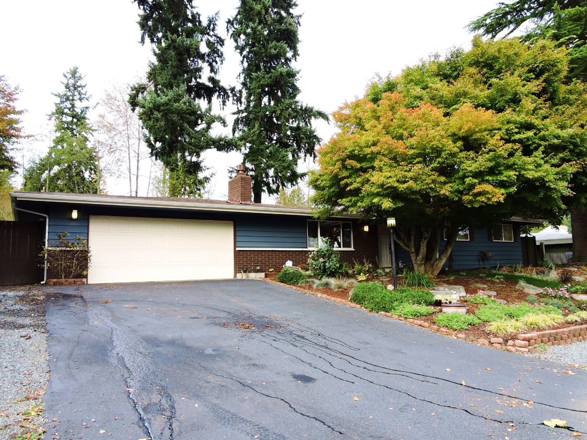 Renton Home, WA Real Estate Listing