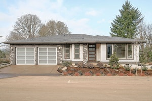 Lake Oswego Home, OR Real Estate Listing