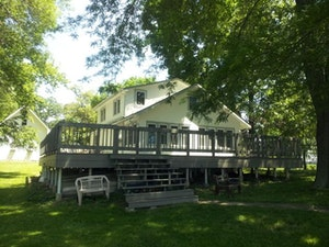 INGLESIDE Home, IL Real Estate Listing