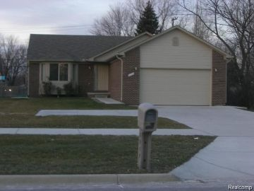 Troy Home, MI Real Estate Listing