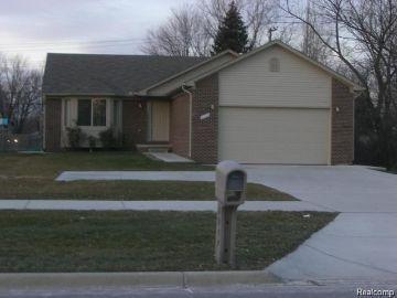 Troy Home, MI Real Estate Listing