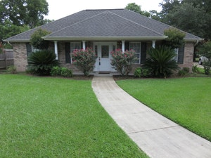 Lafayette Home, LA Real Estate Listing