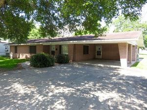 Crowley Home, LA Real Estate Listing